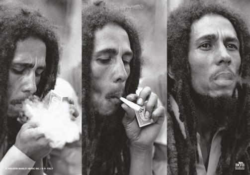 bobmarley_smoking_joint_flag_big