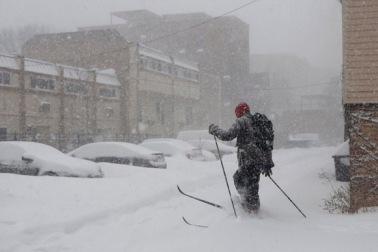 CT ct-met-snow-11-002.jpg