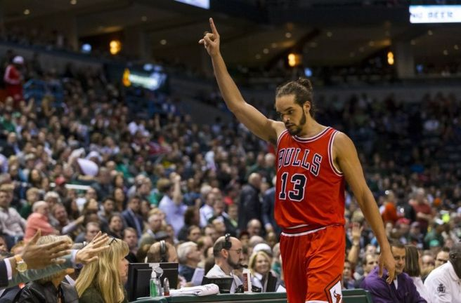 joakim-noah-nba-playoffs-chicago-bulls-milwaukee-bucks-850x560